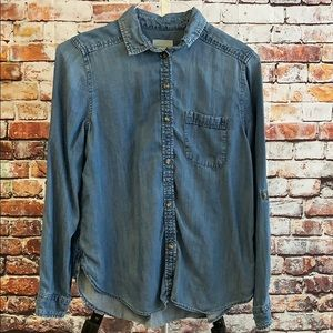 American Eagle outfitters denim button down shirt